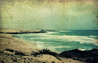Vintage Beach-onestepbeyond70.etsy